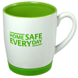 Horta Green Earthenware Mugs